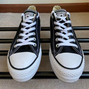 CONVERSE MenChuck Taylor All Star Sneakers - NEW N